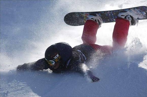 Падение на сноубрде