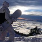 На сноуборде в горах