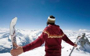 На горных лыжах в горах