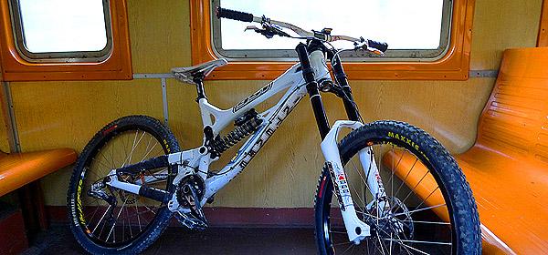 Велосипед в электричке
